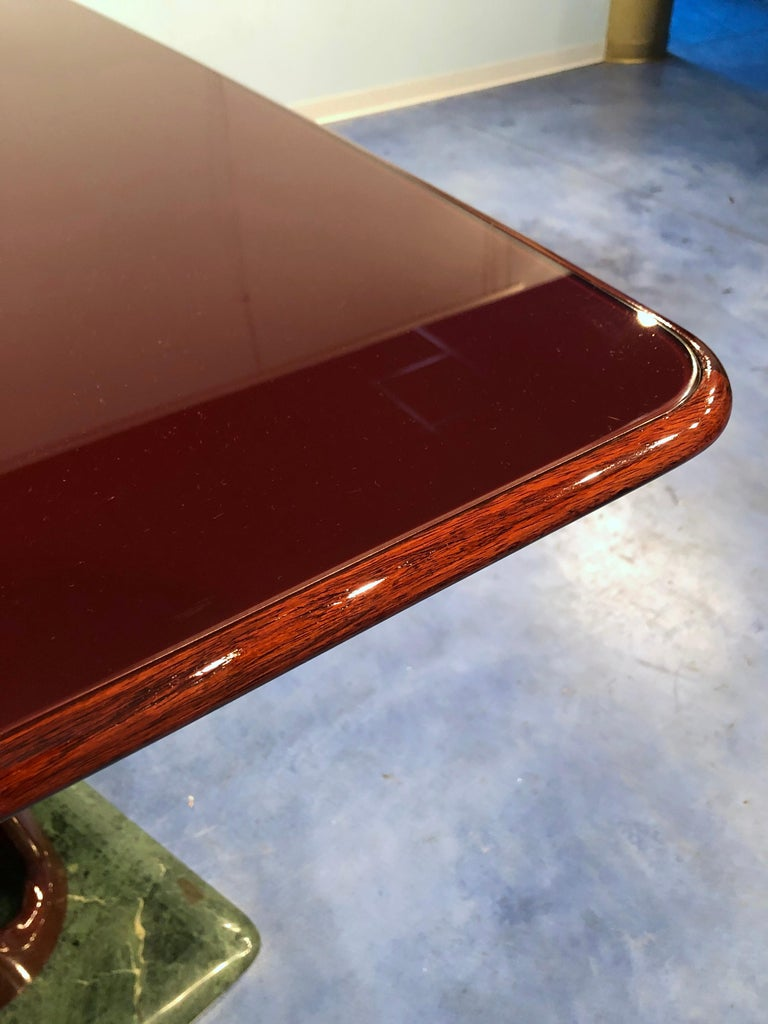 Italian Midcentury Mahogany and Marble Dining Table by Vittorio Dassi For Sale 7