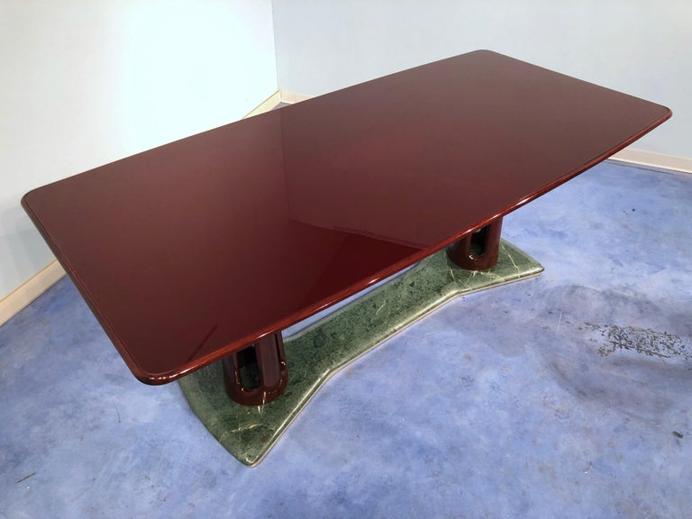 Italian Midcentury Mahogany and Marble Dining Table by Vittorio Dassi For Sale 12