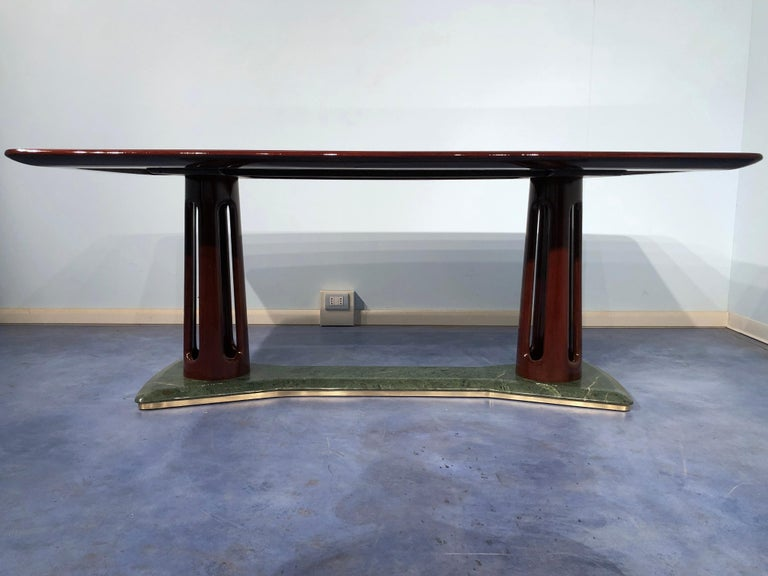 Mid-Century Modern Italian Midcentury Mahogany and Marble Dining Table by Vittorio Dassi For Sale