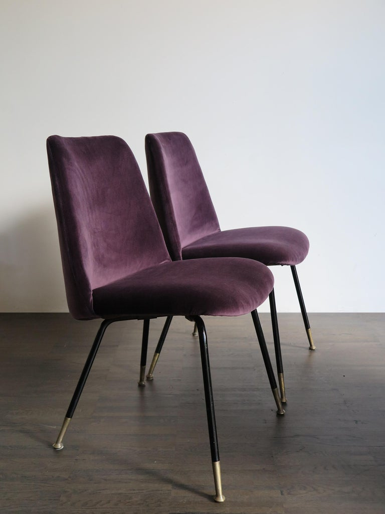Italian Mid-Century Modern Design Velvet Chairs Armchairs, 1950s In Good Condition For Sale In Modena, IT