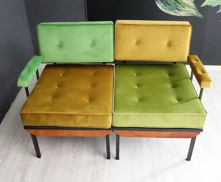Italian Midcentury Modular Sofa Restored with Velvet, 1960s For Sale 6