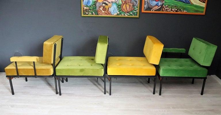 Italian Midcentury Modular Sofa Restored with Velvet, 1960s For Sale 7