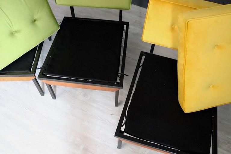 Italian Midcentury Modular Sofa Restored with Velvet, 1960s For Sale 9