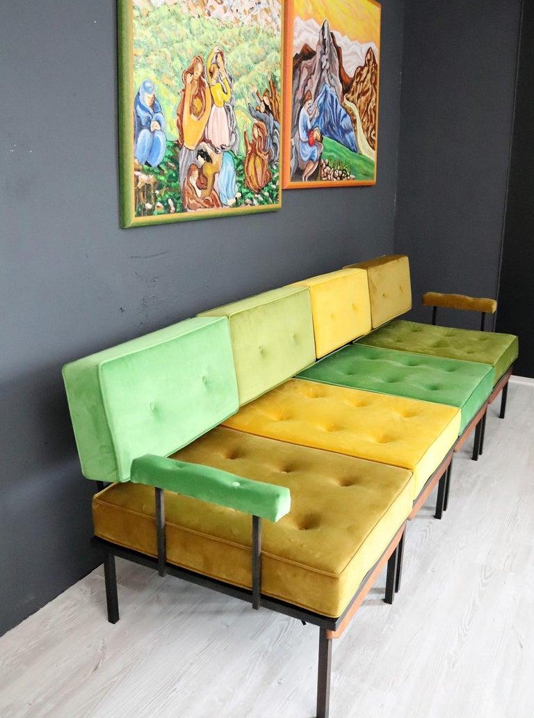 Italian Midcentury Modular Sofa Restored with Velvet, 1960s For Sale 1