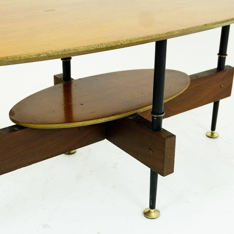 Italian Midcentury Oval Teak Coffee or Cocktail Table For Sale 4
