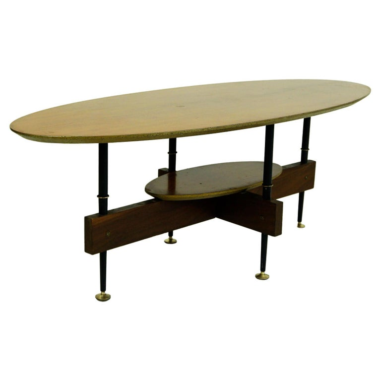 Italian Midcentury Oval Teak Coffee or Cocktail Table For Sale