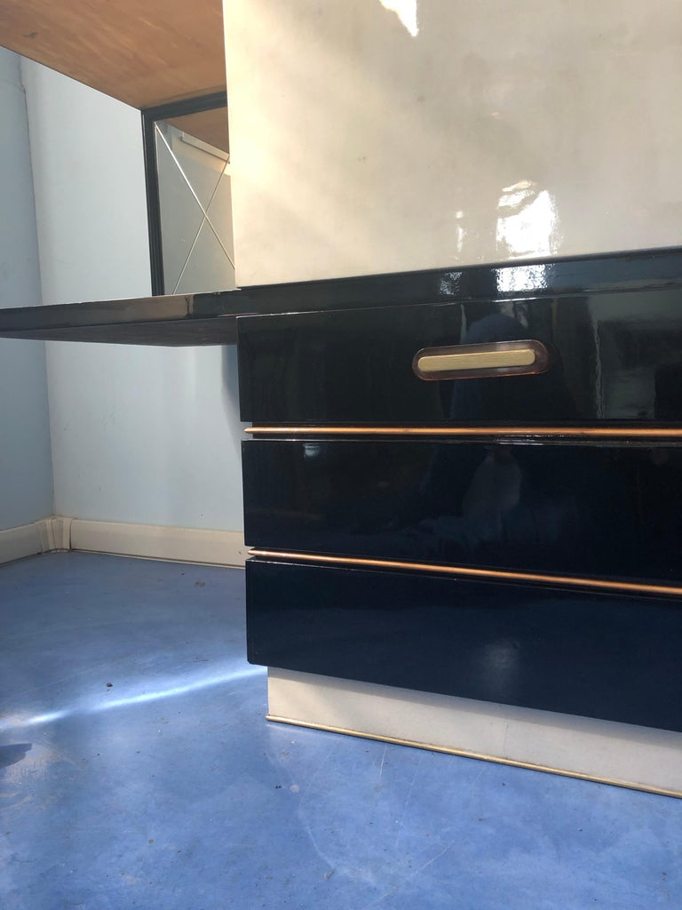 Italian Midcentury Parchment Black Lacquered Sideboard, 1950 For Sale 10