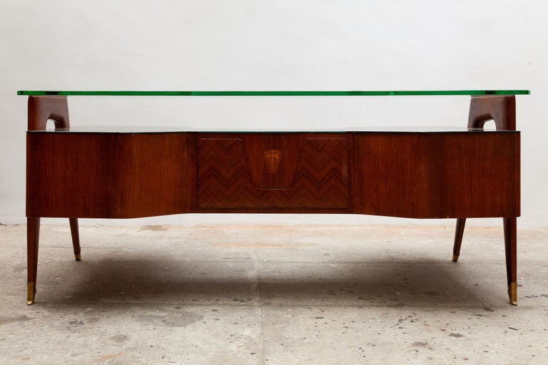 Hand-Crafted Italian Midcentury Presidential Desk by Vittorio Dassi, 1950s For Sale