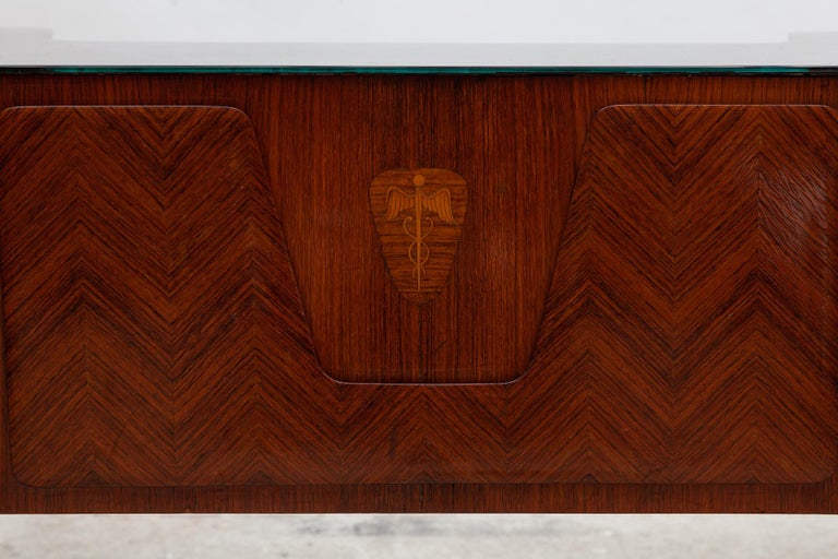 Italian Midcentury Presidential Desk by Vittorio Dassi, 1950s In Good Condition For Sale In Antwerp, BE