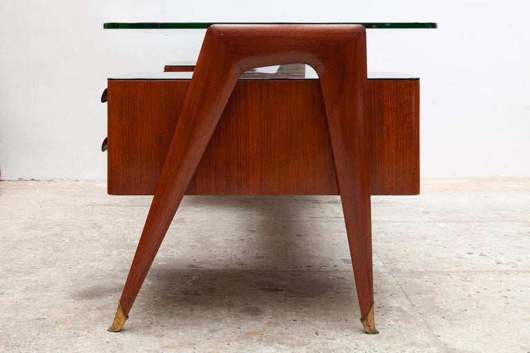 Italian Midcentury Presidential Desk by Vittorio Dassi, 1950s For Sale 2