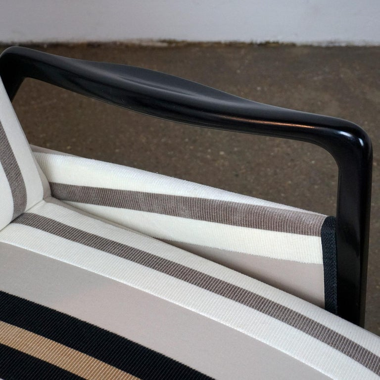 Fabric Italian Midcentury Reclinable Lounge Chair in the Style of Gio Ponti For Sale