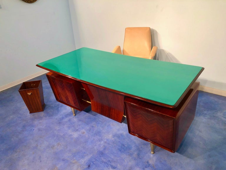 Italian Midcentury Rosewood Executive Desk with Chairs, Vittorio Dassi, 1950s  For Sale 14