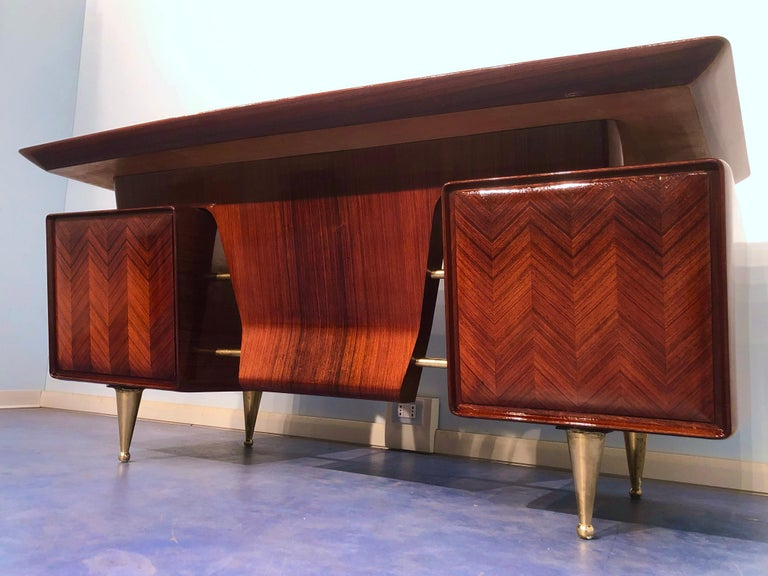 Mid-20th Century Italian Midcentury Rosewood Executive Desk with Chairs, Vittorio Dassi, 1950s  For Sale