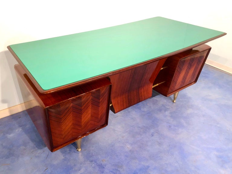 Italian Midcentury Rosewood Executive Desk with Chairs, Vittorio Dassi, 1950s  For Sale 1