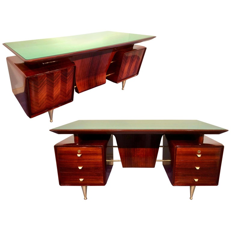 Italian Midcentury Rosewood Executive Desk with Chairs, Vittorio Dassi, 1950s  For Sale