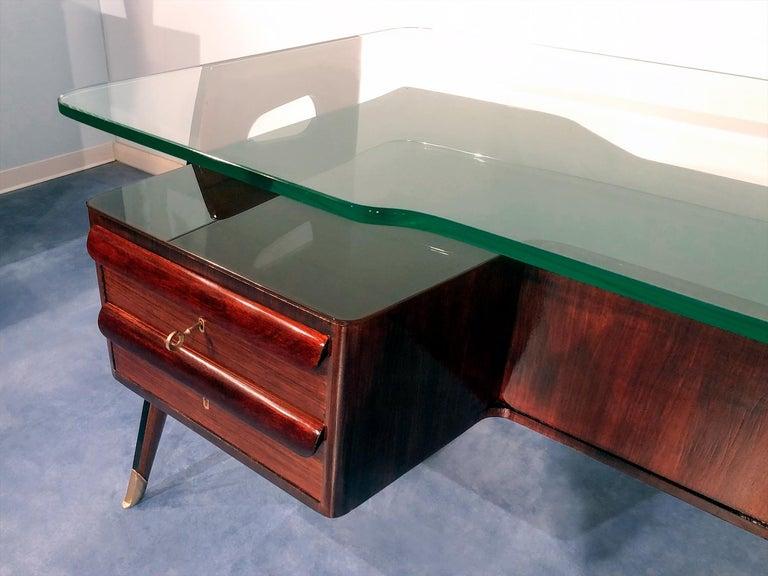 Italian Midcentury Rosewood Executive Desk by Vittorio Dassi, 1950s For Sale 4