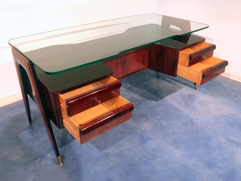Italian Midcentury Rosewood Executive Desk by Vittorio Dassi, 1950s For Sale 6