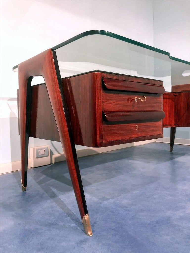 Mid-Century Modern Italian Midcentury Rosewood Executive Desk by Vittorio Dassi, 1950s