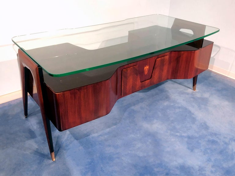 Italian Midcentury Rosewood Executive Desk by Vittorio Dassi, 1950s In Good Condition In Traversetolo, IT