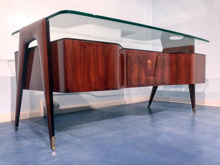 Mid-20th Century Italian Midcentury Rosewood Executive Desk by Vittorio Dassi, 1950s For Sale