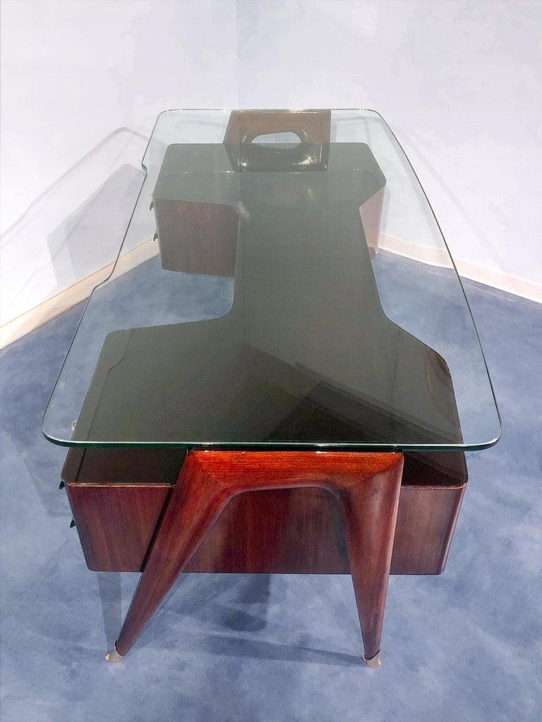 Italian Midcentury Rosewood Executive Desk by Vittorio Dassi, 1950s For Sale 2