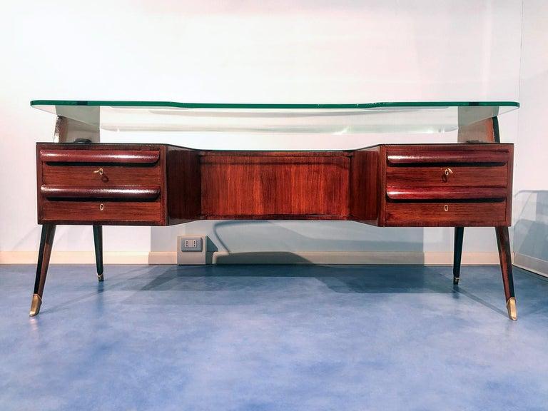 Italian Midcentury Rosewood Executive Desk by Vittorio Dassi, 1950s For Sale 3