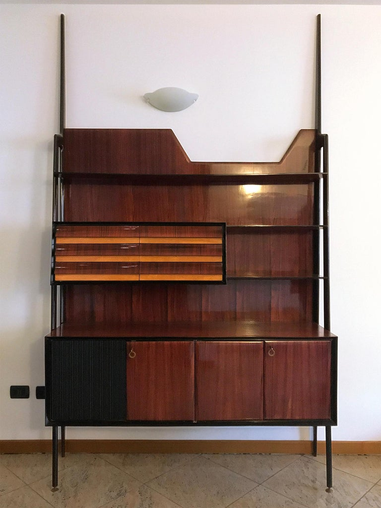 Mid-Century Modern Italian Midcentury Rosewood Self-Standing Bookcase by Vittorio Dassi, 1950s For Sale
