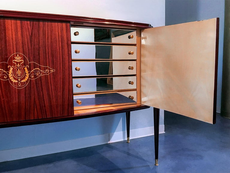 Italian Midcentury Rosewood Sideboard Paolo Buffa Style, 1950s For Sale 7