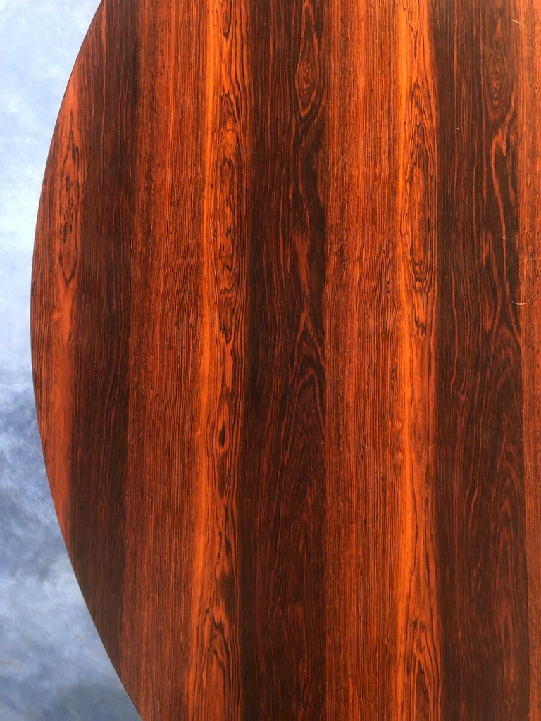 Italian Midcentury Rosewood Table Attributed to Paolo Buffa, 1950s For Sale 9