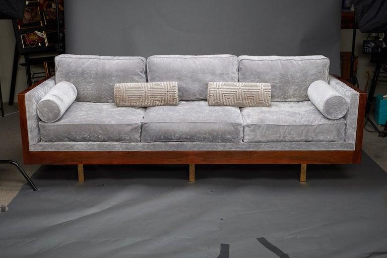Mid-Century Modern Italian Midcentury Sofa in Walnut For Sale