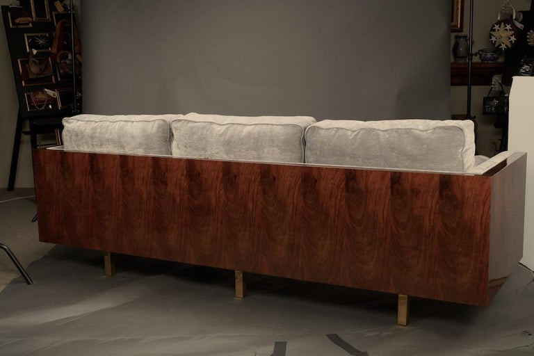 Italian Midcentury Sofa in Walnut In Excellent Condition For Sale In Houston, TX