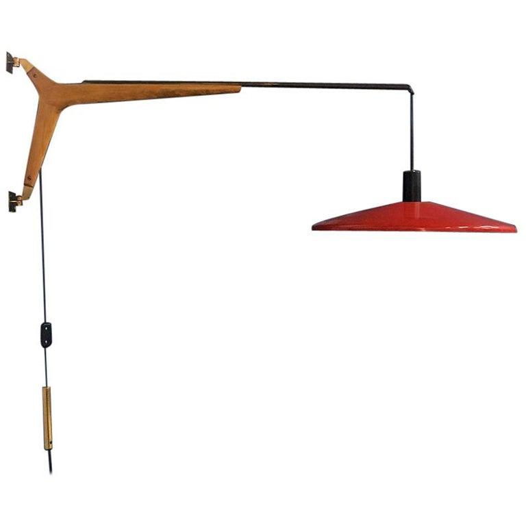 Italian Midcentury Telescopic Wall Lamp Stilnovo in Solid Wood and Metal, 1950s For Sale