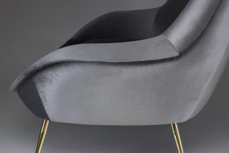 Italian Midcentury Velvet Armchairs Set by ISA Bergamo, 1950s For Sale 6