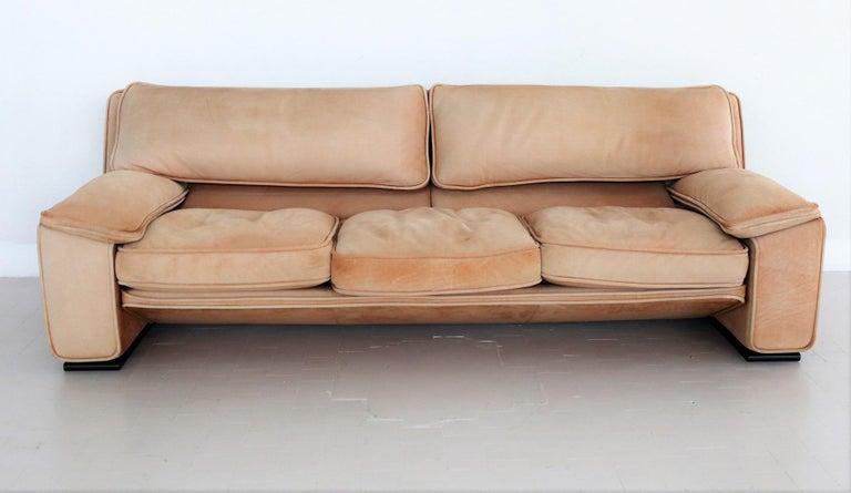 Italian Midcentury Vintage Nappa Leather Sofa by Ferruccio Brunati, 1970s For Sale 10
