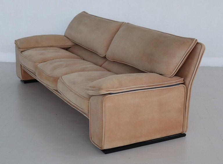Italian Midcentury Vintage Nappa Leather Sofa by Ferruccio Brunati, 1970s For Sale 1