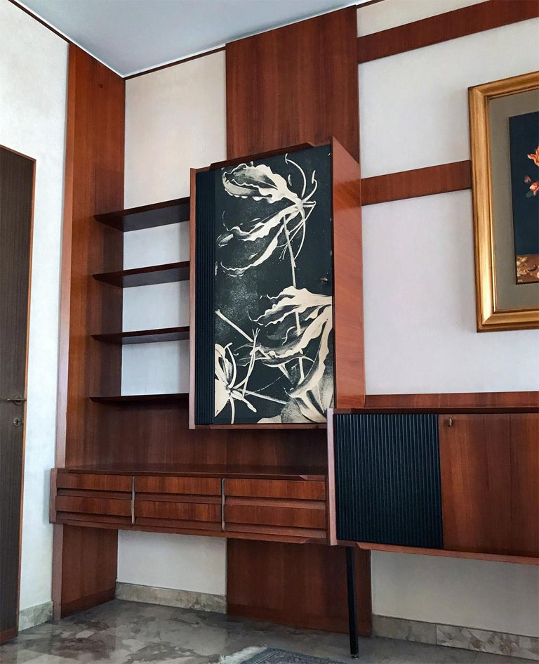 Mid-Century Modern Italian Midcentury Wall Unit or Bookcase by Vittorio Dassi, 1950s For Sale