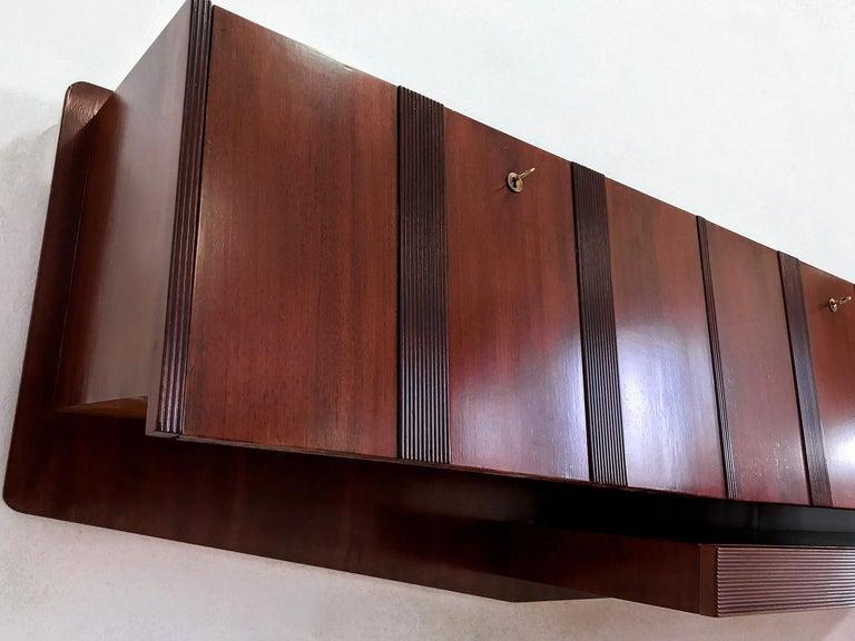 Italian Midcentury Walnut Wall-Mounted Sideboard Paolo Buffa style, 1950s For Sale 1