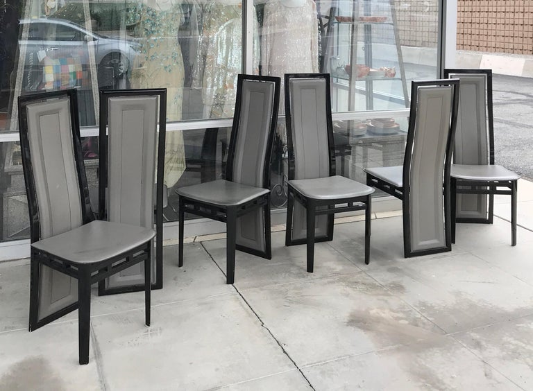 Late 20th Century Italian Modern Black Lacquer and Grey Leather Dining Chairs Set of Six For Sale