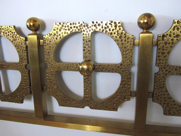 Italian Modern Bronze Hand-Hammered Queen Headboard, Luciano Frigerio In Good Condition For Sale In Miami, FL