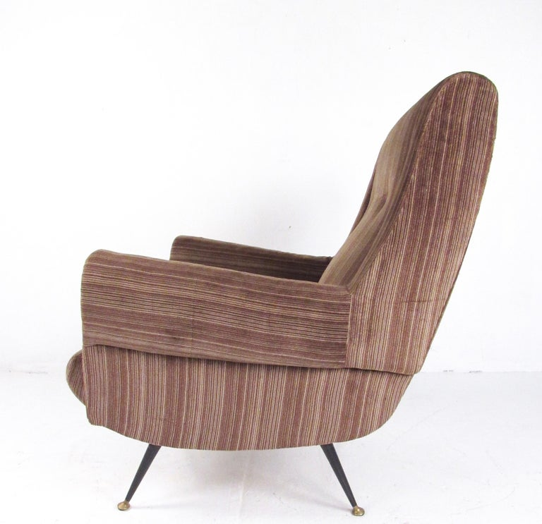 Italian Modern Club Chairs after Gigi Radice, circa 1950s, Italy For Sale 1