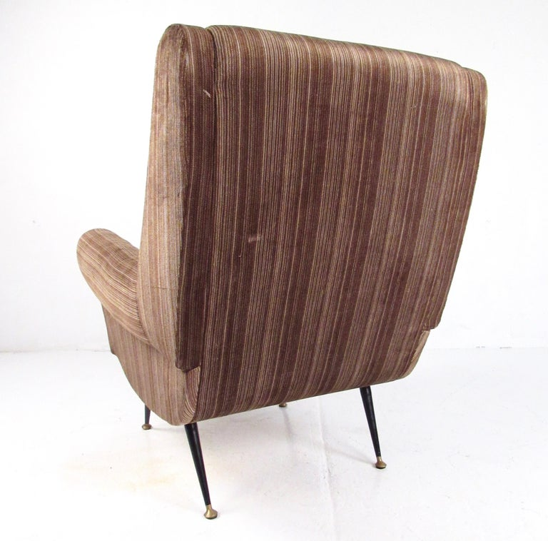 Italian Modern Club Chairs after Gigi Radice, circa 1950s, Italy For Sale 2