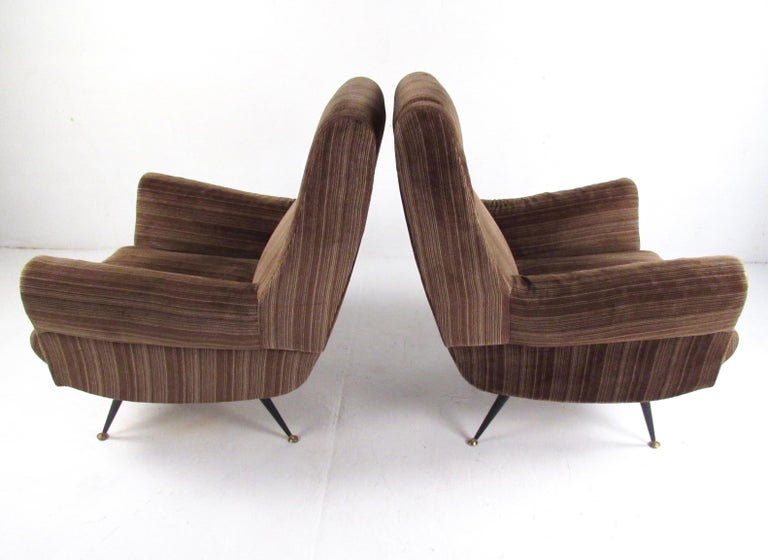 Italian Modern Club Chairs after Gigi Radice, circa 1950s, Italy For Sale 3