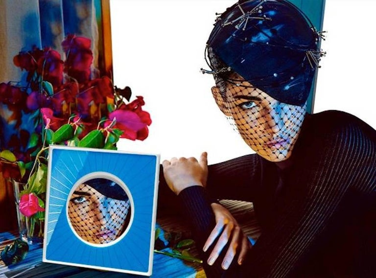 Italian Modern Design Picture Frame in Blue Plexiglass, Sharing Blue For Sale 4