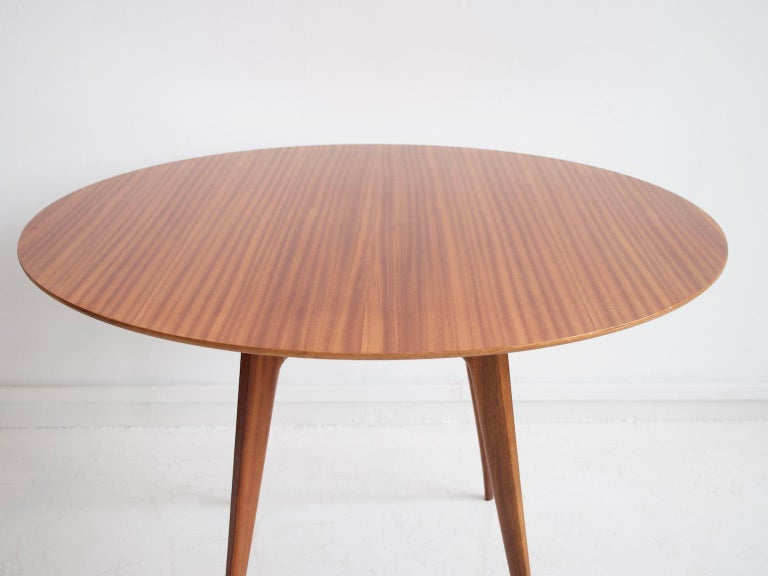 Mid-Century Modern Italian Modern Round Wooden Dining Table For Sale