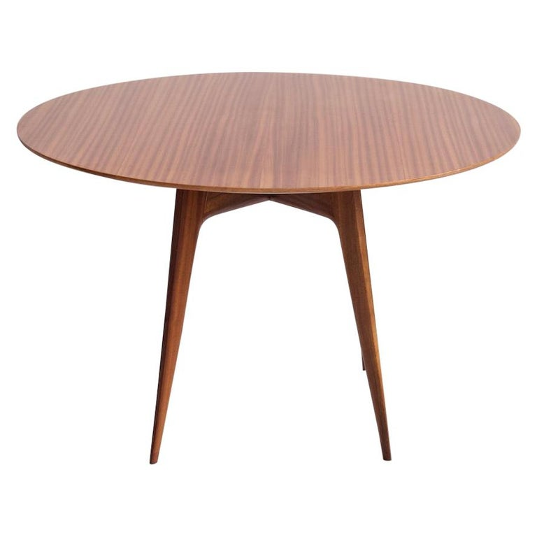 Italian Modern Round Wooden Dining Table For Sale