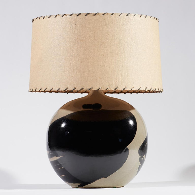American Italian Modern Style Glazed Ceramic Elliptical Shape Table Lamps For Sale