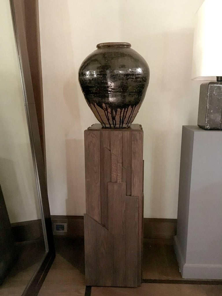 Italian Modern Style Grey Hand-Carved Oak Wood Column For Sale 7