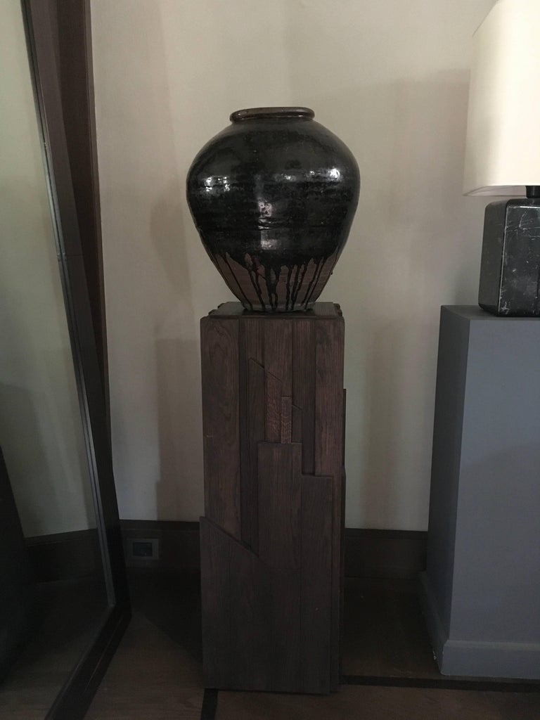 Italian Modern Style Grey Hand-Carved Oak Wood Column In Excellent Condition For Sale In Brescia, IT
