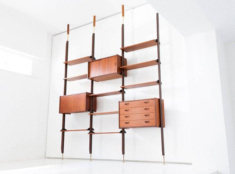 Mid-Century Modern Italian Modern Teak Brass Floor to Ceiling Wall Unit Bookshelf Library, 1950s For Sale