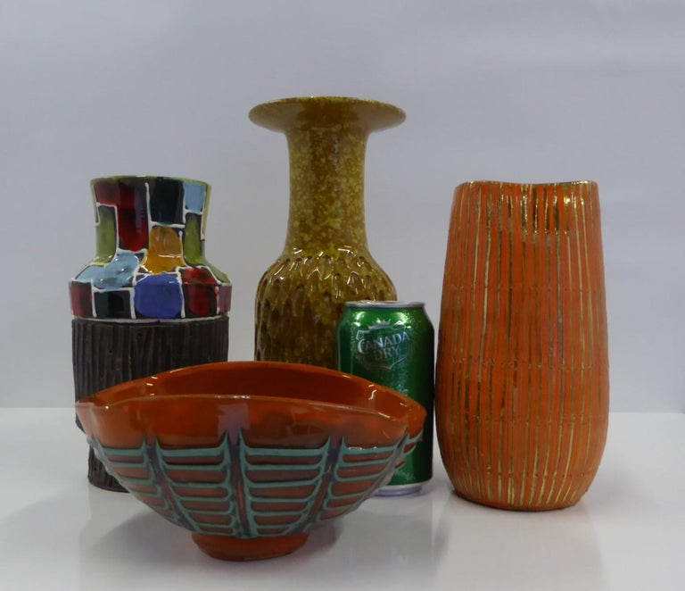 Italian Modern Textured Pottery Vase by Fratelli Fanciullacci Bitossi, 1960s For Sale 3